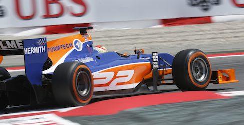 Robin Frijns sorprende y logra su primera victoria de GP2 en Barcelona