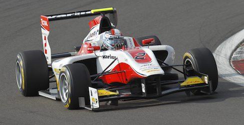 Facu Regalia logra su primera pole en GP3 en Nürburgring