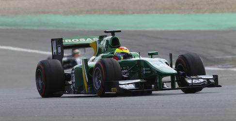 Sam Bird vuela en Hungría durante los libres de GP2