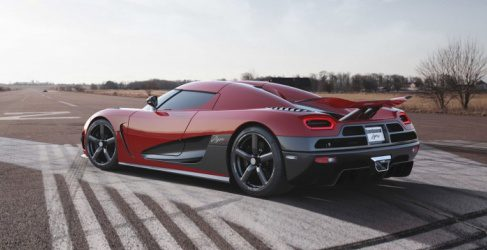 Koenigsegg One:1, 1400 caballos para 1400 kilos