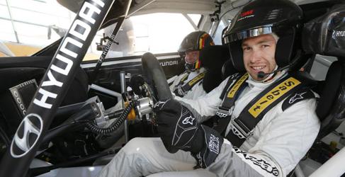 Hyundai Motorsport regresa a España con Chris Atkinson