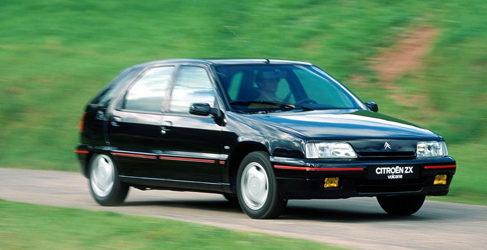 Comparamos los compactos deportivos más queridos de los 90 (I)