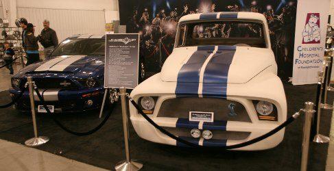 Gene Simmons, bajista de Kiss, ofrece su Ford F100 para la beneficencia