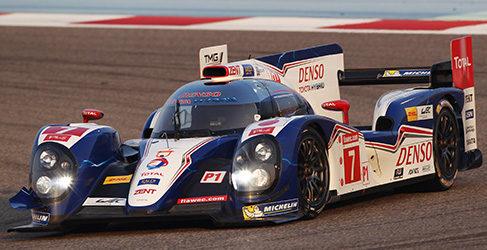 El Toyota de Alex Wurz domina los libres en Bahrein