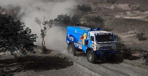Dakar 2014, etapa 7: Carlos Sainz consigue la victoria luchando con los Mini