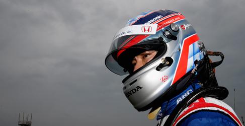 Takuma Sato poleman de la primera carrera de la IndyCar